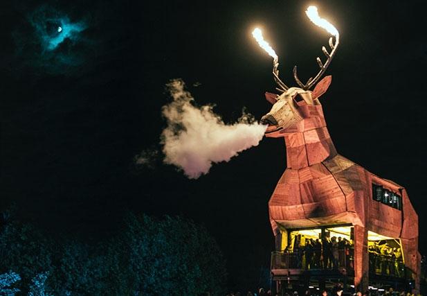 Der Jägermeister Platzhirsch - der neue Festival Auftritt von Jägermeister