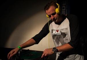 DJ Akvamen